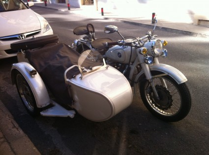 vintage bmw motorcycle and sidecar spotted in beirut | blog baladi