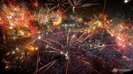 egypt-protest-fireworks