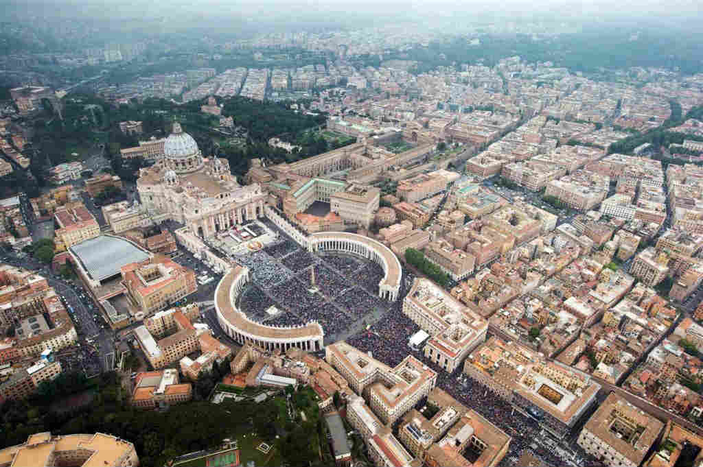 140427-vatican-aerial-st-peters-1150a_f35cdef7c55db609174e08cbacaa9ddc