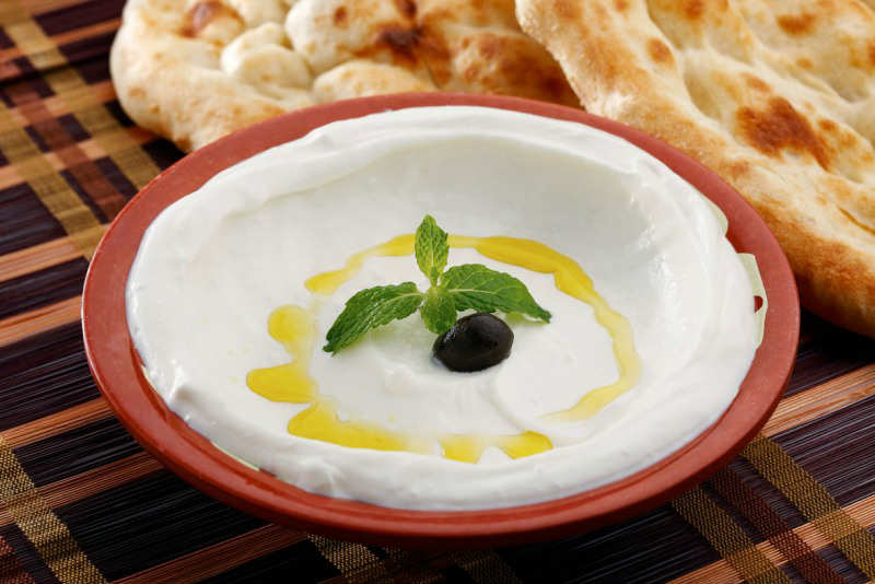 Labneh-with-Turkish-Bread_839