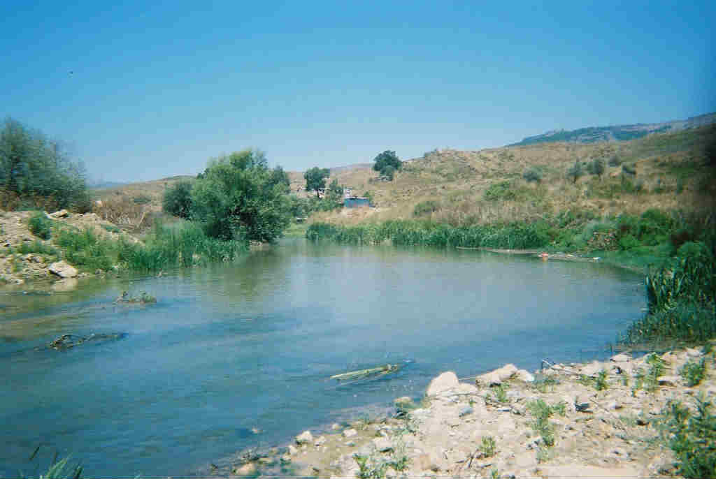 South_litani_river