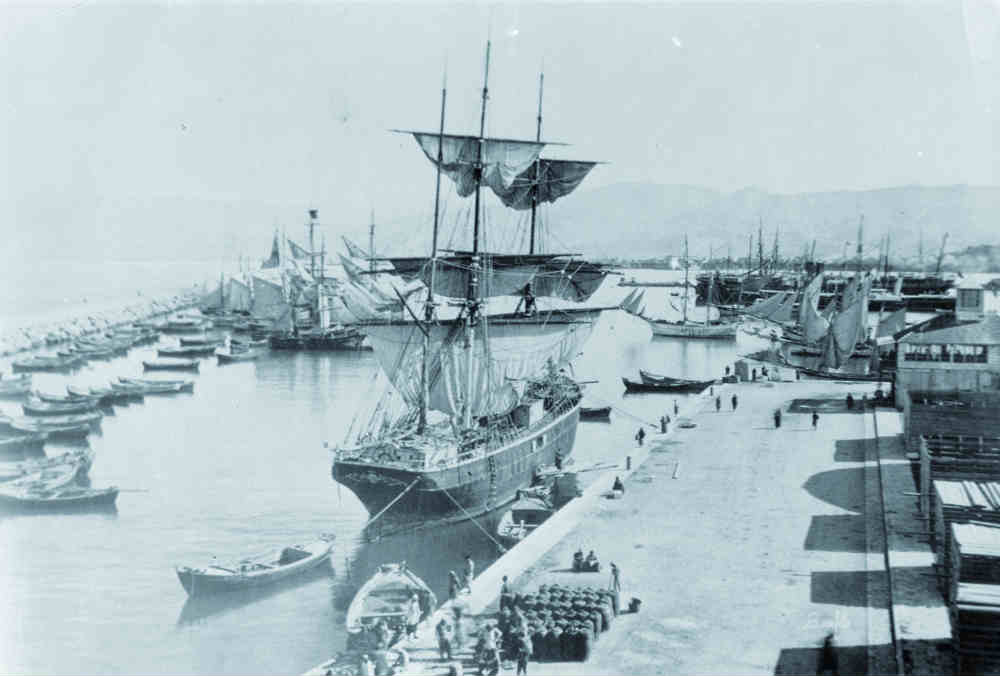 BRAZ_hist_Photo-of-Beirut-Port-with-ships-used-for-migration-LERC-Archives