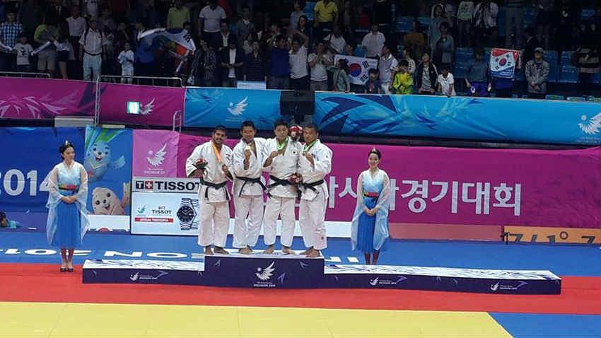 Elias-nacif-silver-medal-lebanon-asian-games-2014
