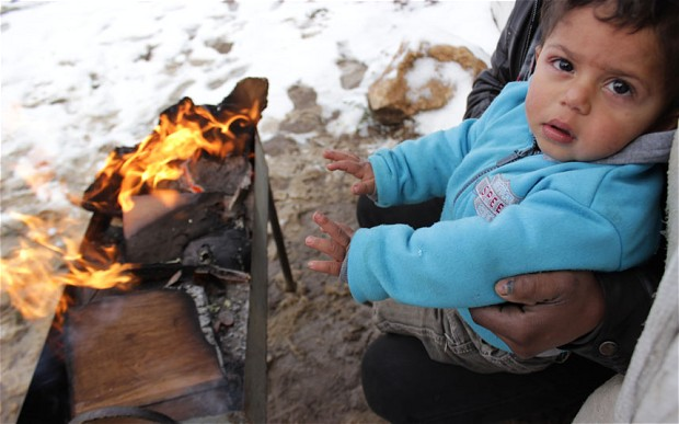 syria-refugee-snow_2765819b