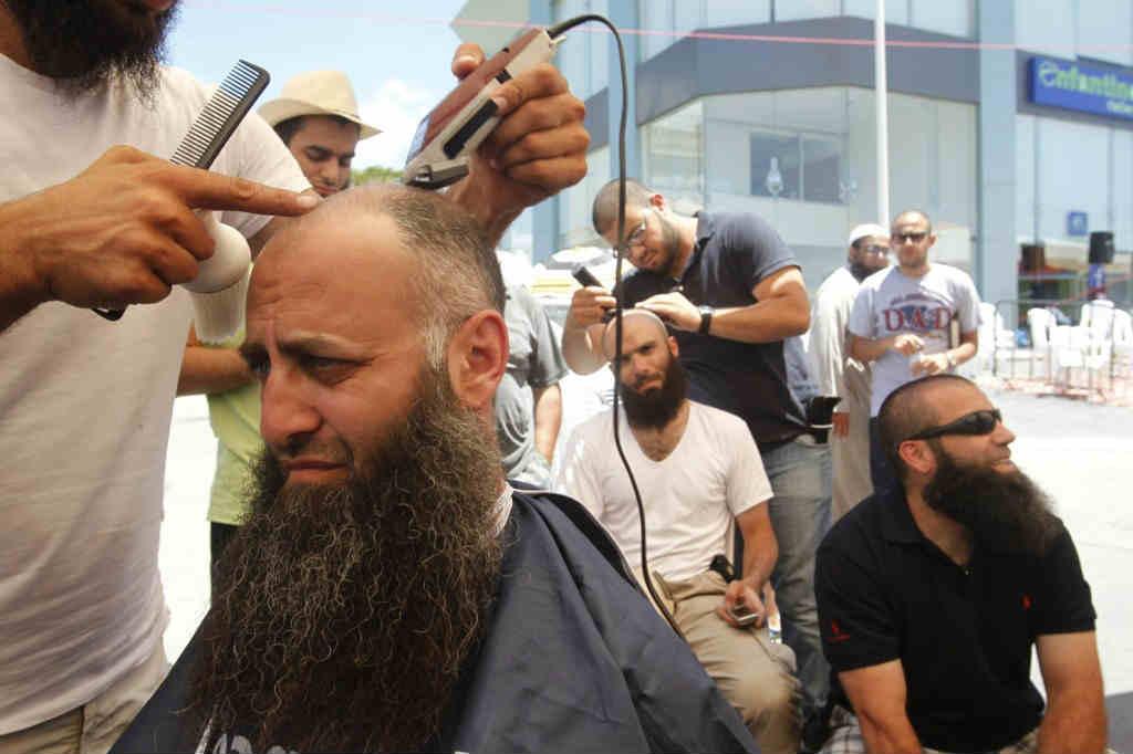 2012-07-04T143757Z_01_LBN01_RTRIDSP_3_LEBANON