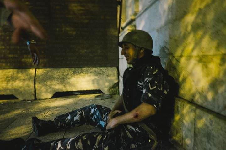 karim-mostafa-crying-soldier