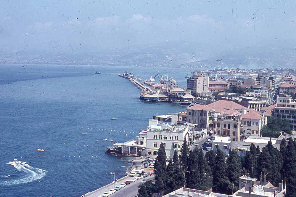 Beirut1965Corniche