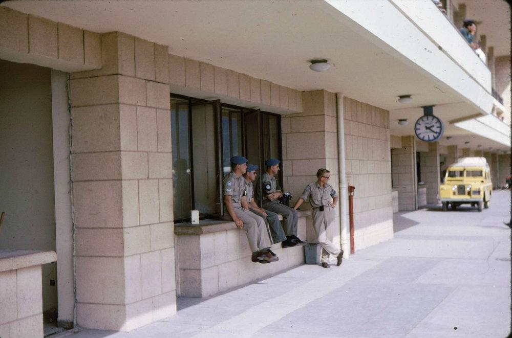 BeirutIrport-waitingForElArishCrribou