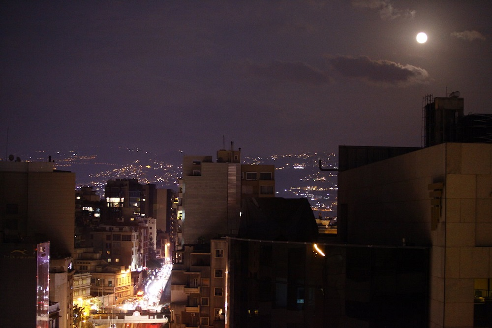 04-moon-over-achrafieh