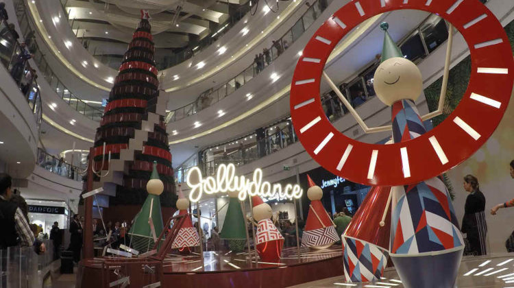 In Pictures: Christmas Tree & Decoration at City Centre Beirut