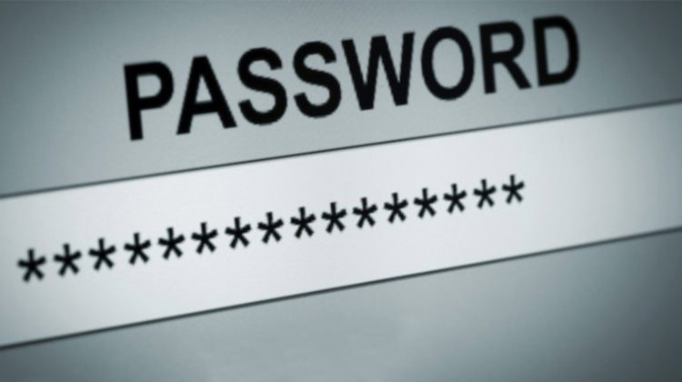 Stop Saving Your Passwords on Notes and Memo Apps!