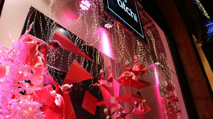 Patchi Christmas Decorations Light up Beirut