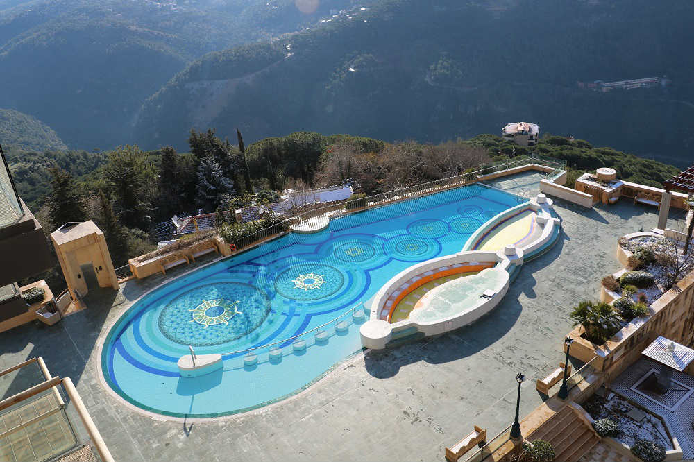 Grand hills hotel spa luxury in the mountains blog baladi for Indoor swimming pool in lebanon