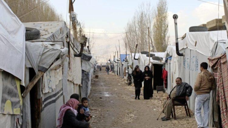Number of Registered Syrian Refugees Drops Below 1 Million