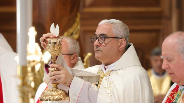 Beirut Maronite Archbishop Set to Help Poor Families Enroll in Schools